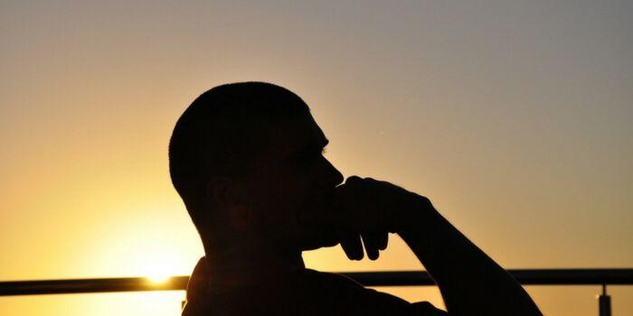 5 soluții pentru a ține departe gândurile negre