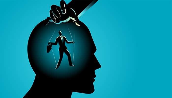 9 insusiri clasice ale persoanelor manipulatoare